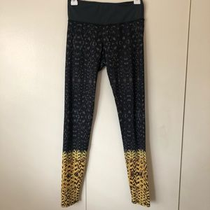 Onzie Womens Workout Pants Athletic Leggings S/M